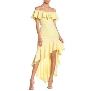 TOV Off the Shoulder Solid Maxi Dress in Yellow